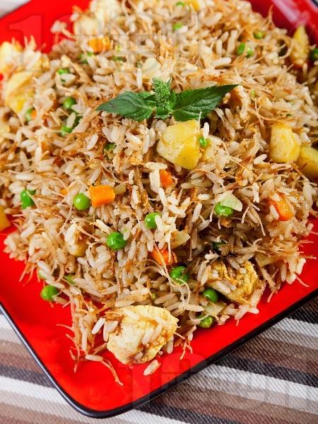 Пиле Биряни с ориз, картофи и оризови спагети - снимка на рецептата